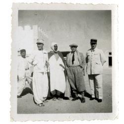 Pierre Mac Orlan lors de l'un de ses reportages en Afrique du Nord